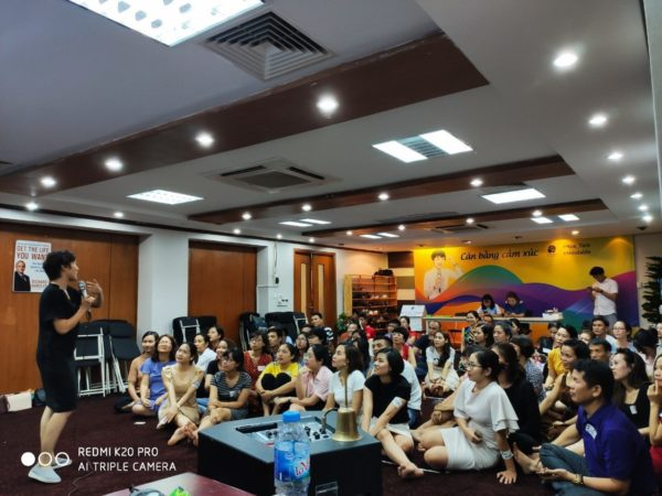 Khóa học NLP Hà Nội tại MindaLife thúc đẩy tư duy,cân bằng cảm xúc bản thân trong bạn