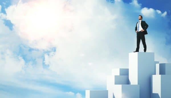 Làm việc thông minh hơn làm việc chăm chỉ là bí quyết thành công trong kinh doanh