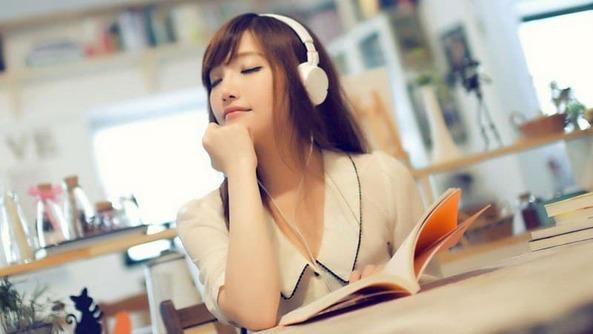 Nghe nhạc, massage, chơi đàn, hát, ăn nhẹ, tập yoga,… là những việc bạn có thể làm trong thời gian nghỉ giải lao
