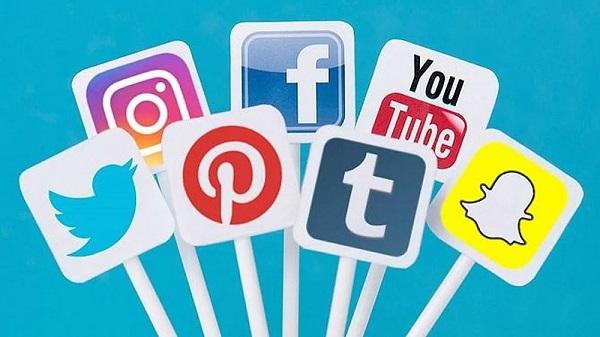 Mạng xã hội là công cụ có tầm ảnh hưởng đáng kinh ngạc khi bạn muốn xây dựng thương hiệu cá nhân