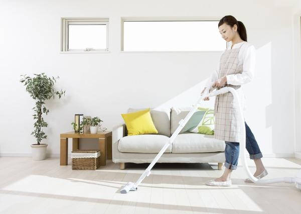 Dấu hiệu chồng chán vợ - không chia sẻ công việc nhà